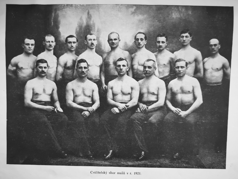 Cvičitelský sbor mužů Sokol Moravská Ostrava 1